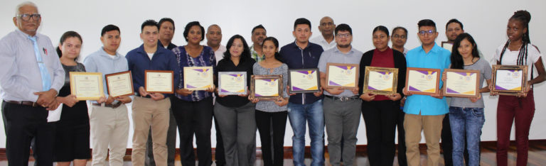 14 students awarded by UB